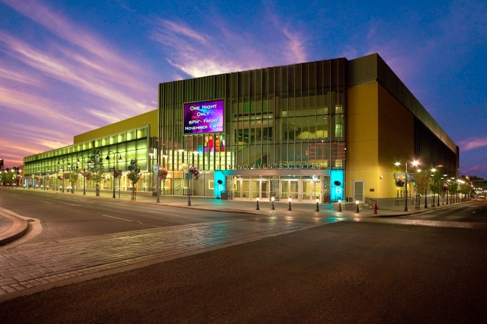 reno-events-center-downtown-concert-tradeshow-architechture-advertising-commercial-exterior