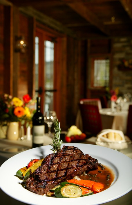 Sierra-Dining-Washoe-Grille-Steak-Dinner-restaurant-food-interior-upscale-reno-nevada-digiman-studio