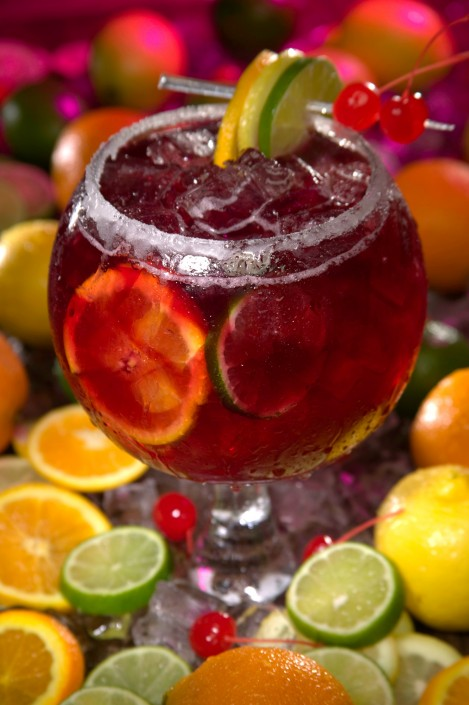 Cocktail-fruit-sangria-drink-food-dining
