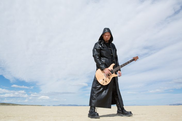 photography-digiman-commercial-buisness-reno-concept-hamora-guitar-rock-blackrockdesert-desert-dark-portrait-