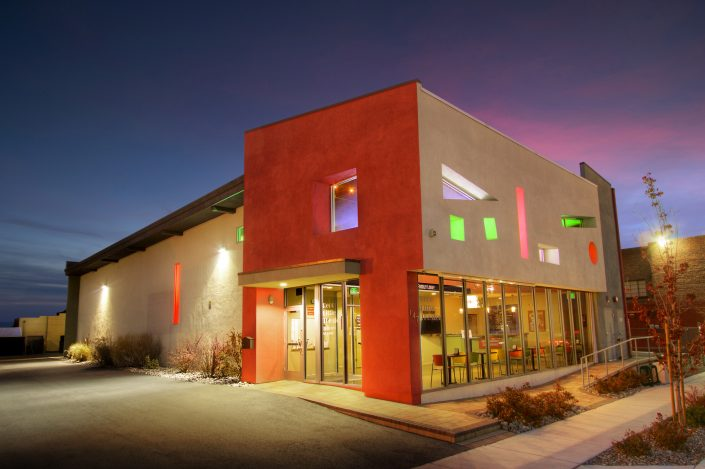 photography-digiman-commercial-buisness-reno-exterior-evening-renolittletheatre-
