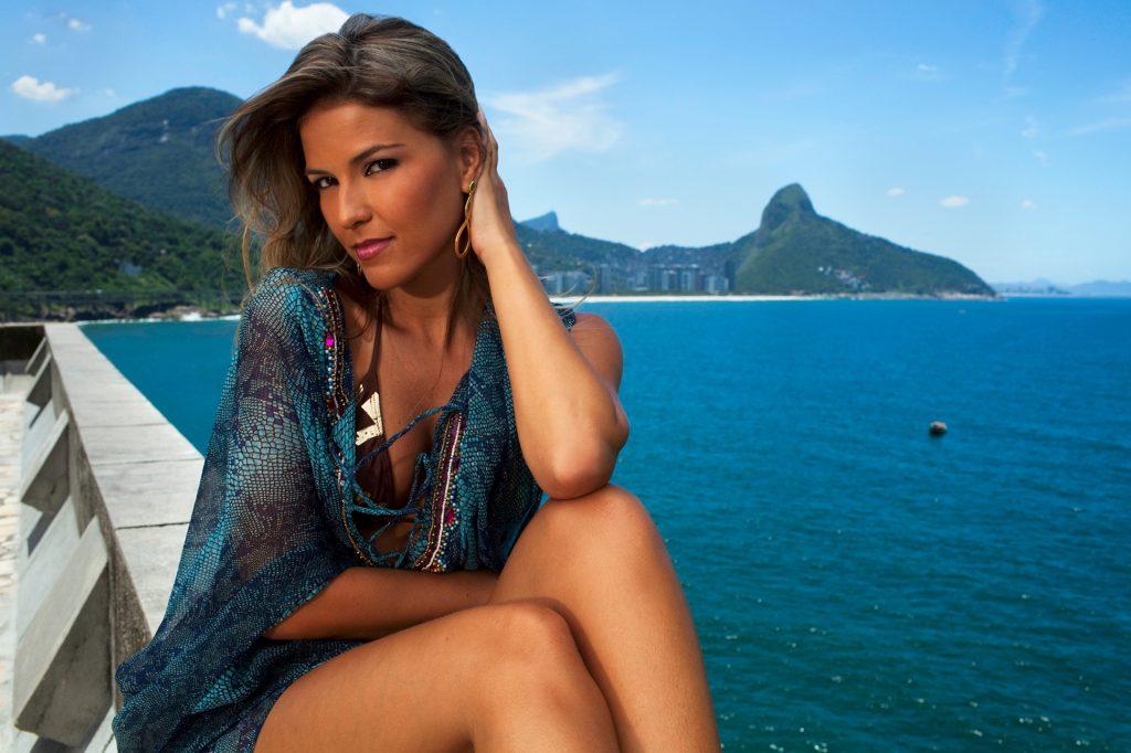 20 Brazil Anna at Bota Fogo 2